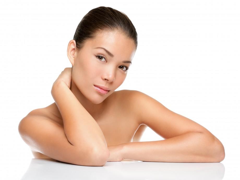 Manchas en la piel: cómo combatir su aparición
